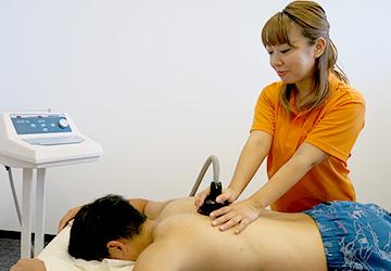 メディセル筋膜療法治療風景